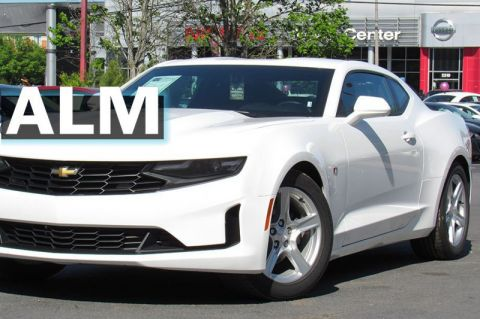 Pre-Owned 2019 Chevrolet Camaro 1LT RWD 2dr Car