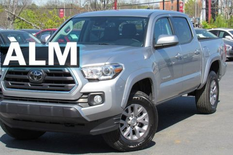 Pre-Owned 2018 Toyota Tacoma SR5 RWD Crew Cab Pickup