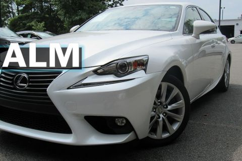 Pre-Owned 2016 Lexus IS 200t Base RWD 4dr Car