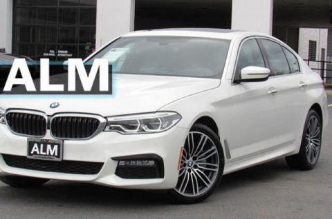 Pre-Owned 2018 BMW 5 Series 530i xDrive With Navigation & AWD